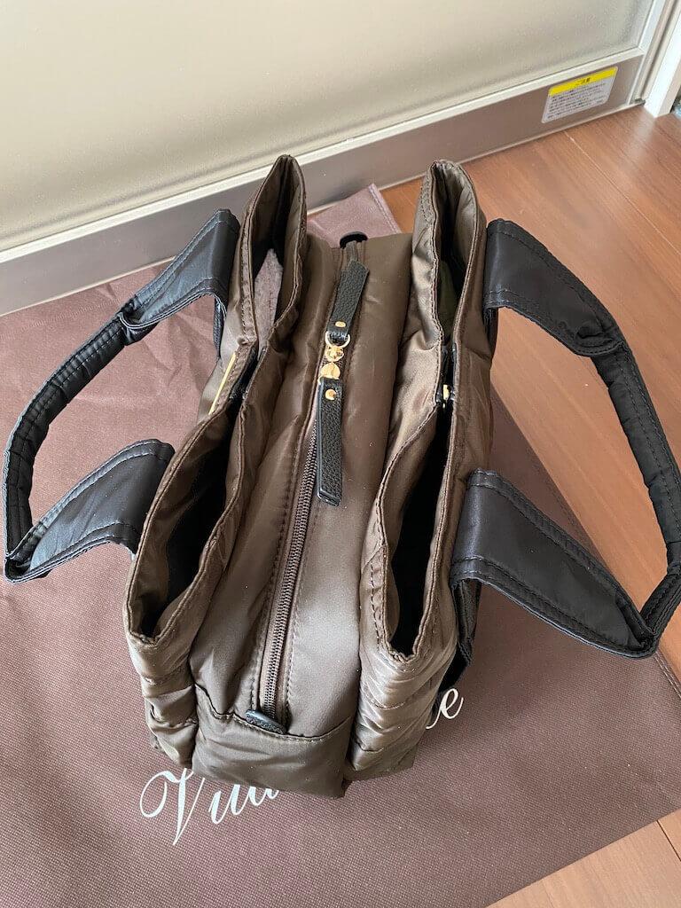 Vita Feliceで購入したトートバッグ(上から)